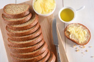 לחם פשתן דל פחמימות– למי הוא מתאים?